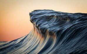 wave-photography-lloyd-meudell-46-5836b83ee0e77__700.jpg