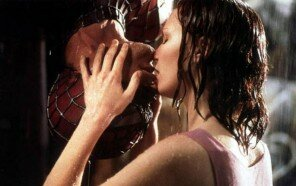 SpidermanKiss.jpg