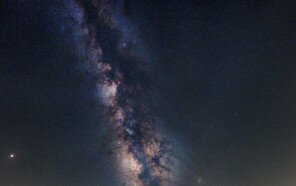 fake-milkyway-miniature-scenes-photographer-samy-olabi-5d91b3c9e1a74__880.jpg